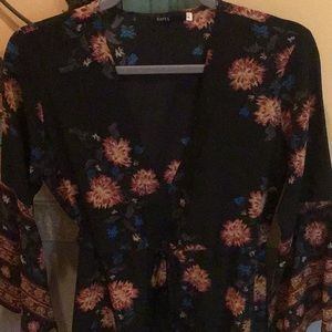Black Floral Bell-Sleeve Tunic